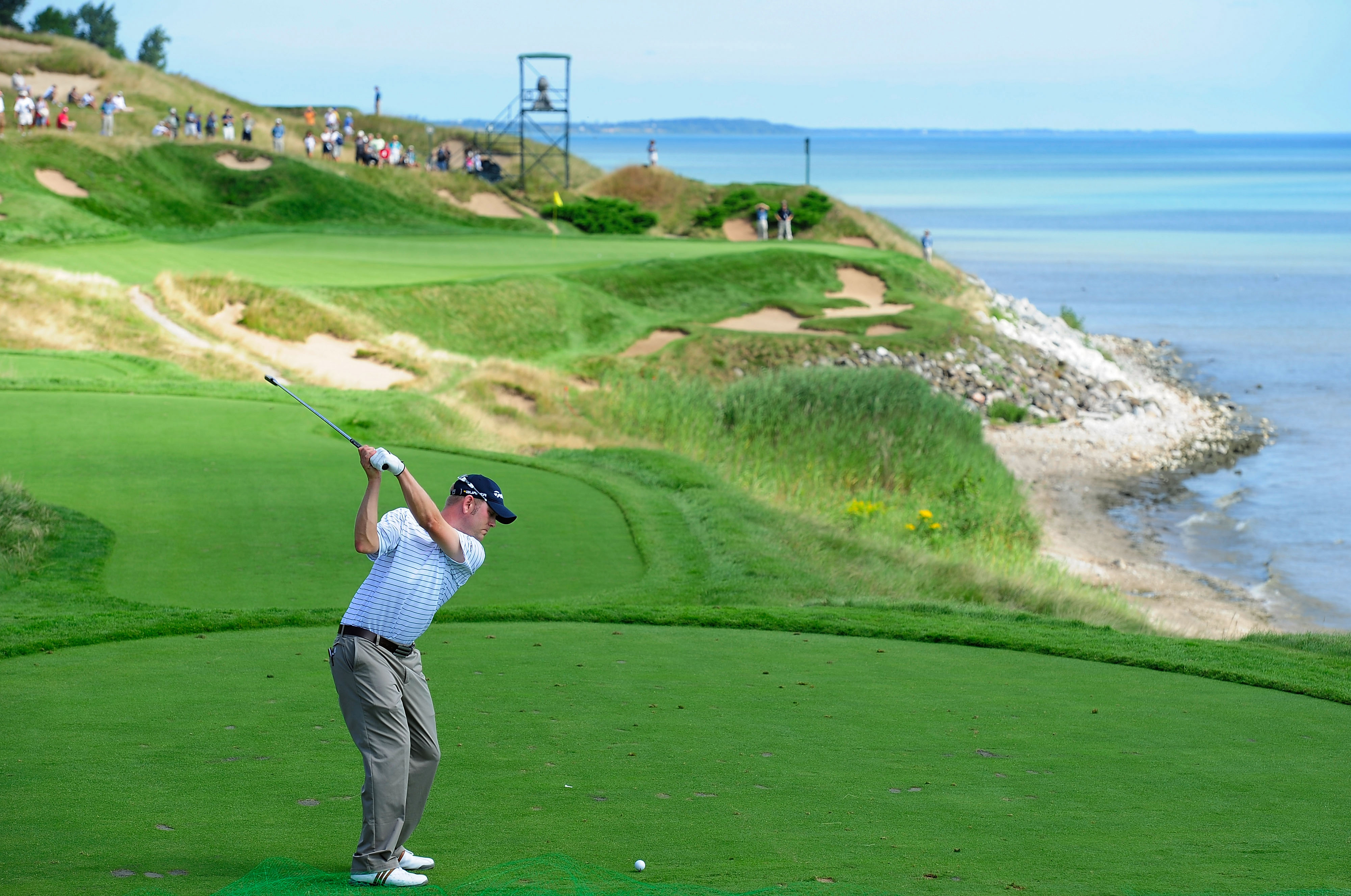 Great Lakes putts its focus on golf