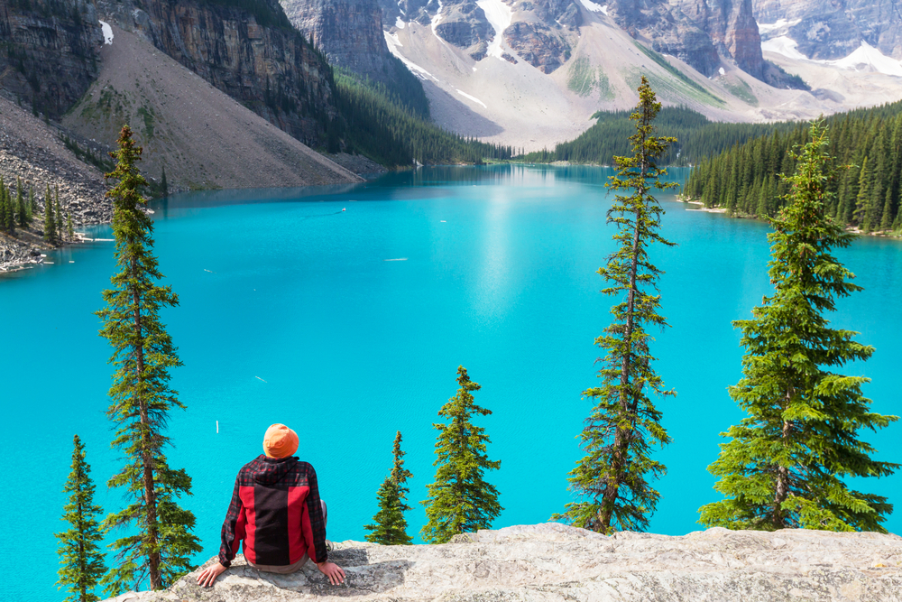 Canada's national parks welcome tourists