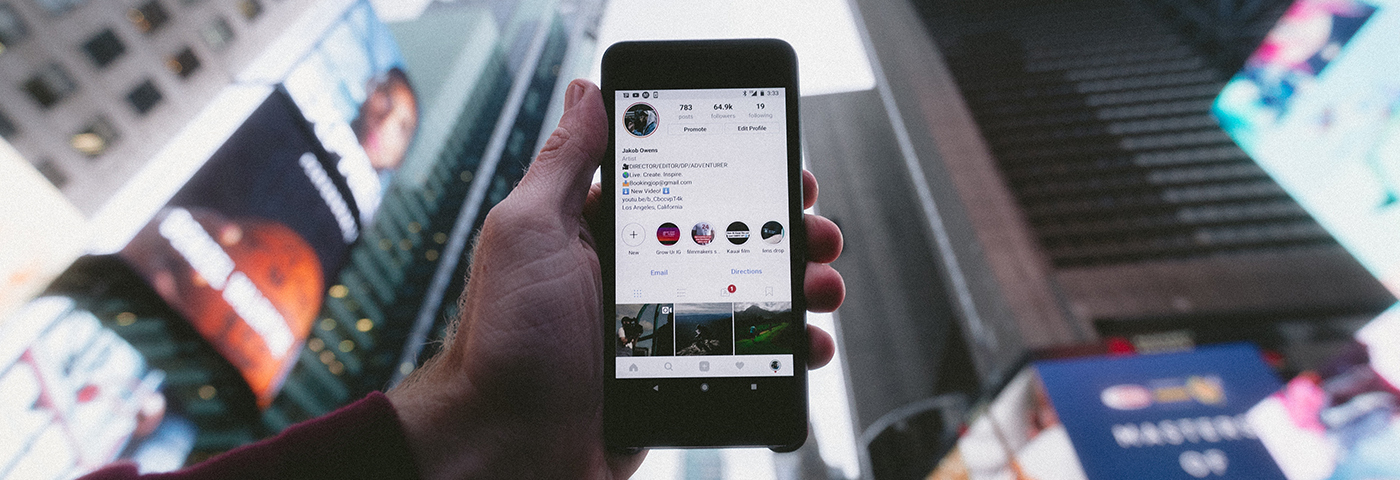 Frequent travellers browse Instagram 28 days each month, says expert