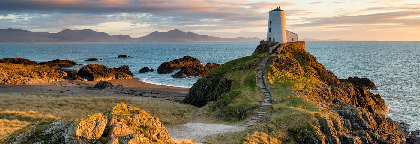Wales Coast Path aims to hike up interest