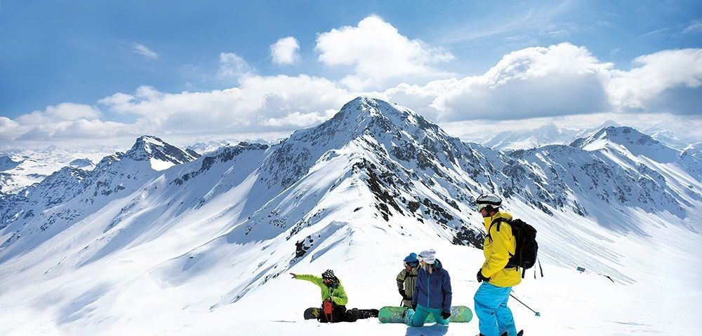 Winter Ski Season in the time of COVID-19: What we all Need to Know